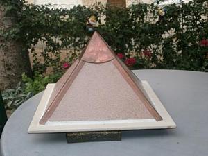 Orgonske piramide-p8221075.jpg